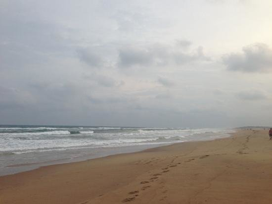 awesomely vast and empty puri beach