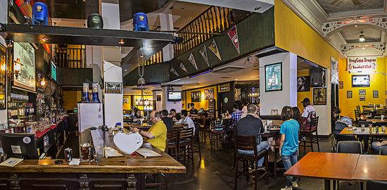Shooter's American Restaurant & Bar