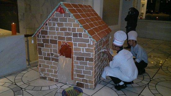 ITC Mughal, Agra : Christmas Cake