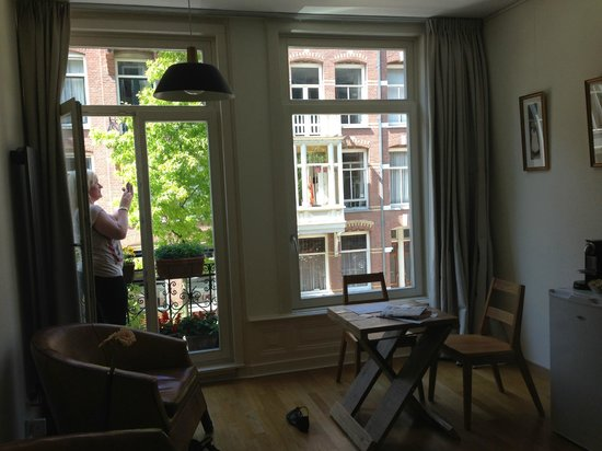 Le Quartier Sonang: The room