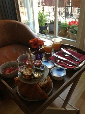 Le Quartier Sonang: Breakfast