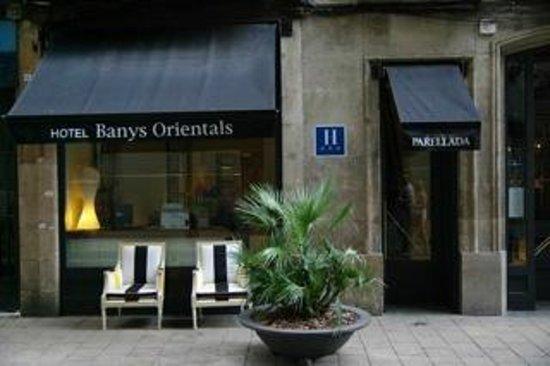 Hotel Banys Orientals: Eingangsbereich