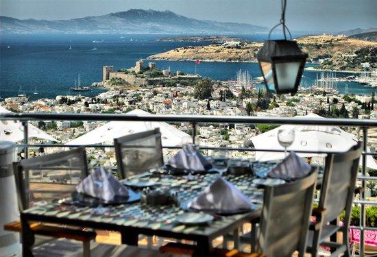 The Marmara Tuti Restaurant: amazing view