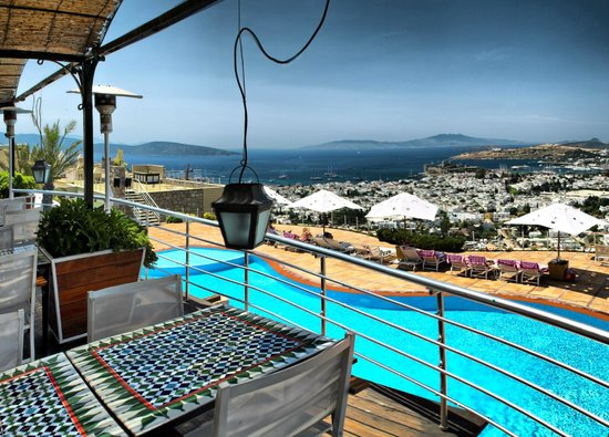 The Marmara Tuti Restaurant: with i nice pool