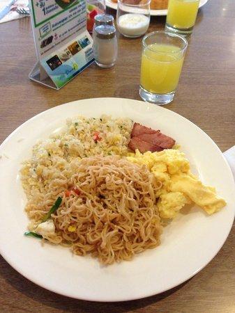 Trinity Silom Hotel: Breakfast :-)