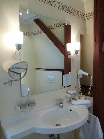 Altstadthotel Twardokus: Modern bathroom