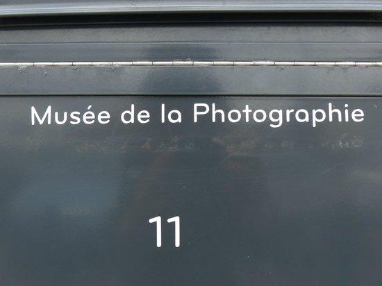 Musée de la Photographie : targa