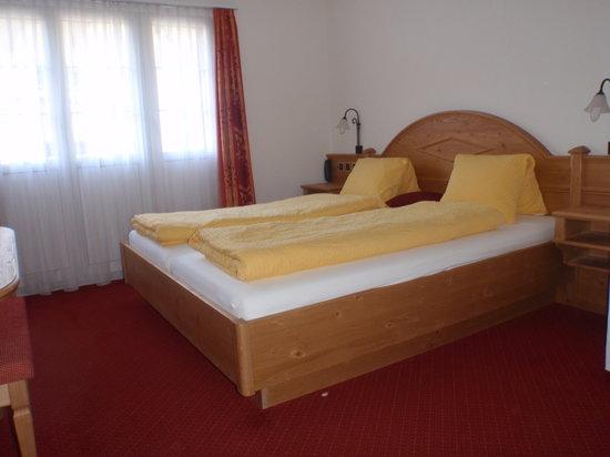 Hotel Stockhorn: Doppelzimmer süd
