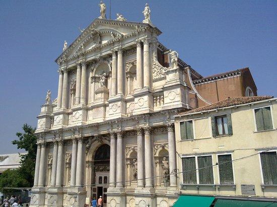 Chiesa di Santa Maria di Nazareth - Chiesa degli Scalzi: Chiesa degli Scalzi