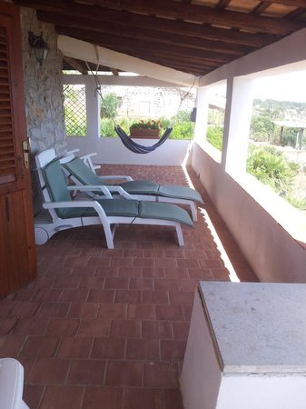 Zarbo di Mare: Front terrace with hammock
