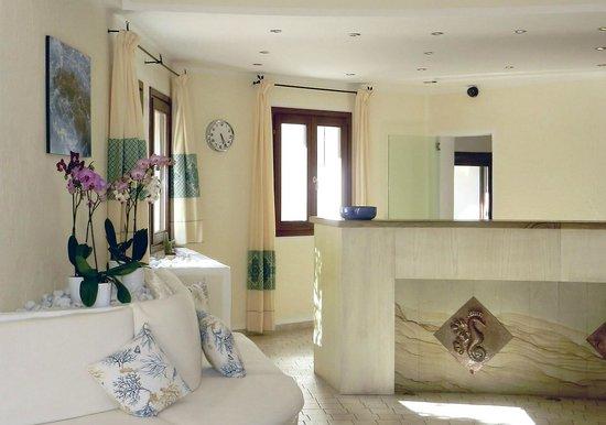 Hotel Mon Repos Hermitage: Empfang
