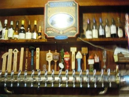 The Watershed Tavern at the Boothbay Craft Brewery & RV: Beers on tap
