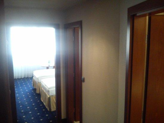 Hotel Coronet : room