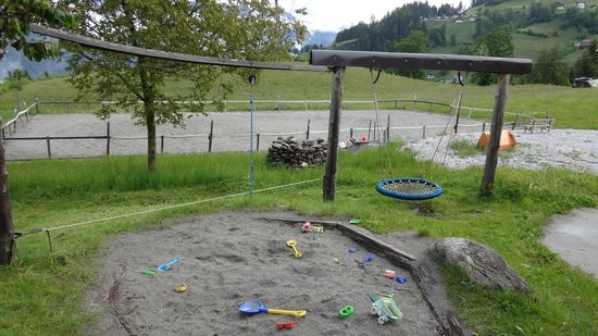 Bauernhof Vitalhof Tunelhof: lots of child-friendly space