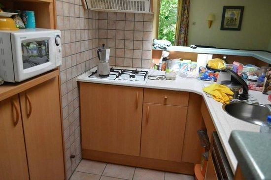Center Parcs de Vossemeren: Kitchen (Premium cottage)
