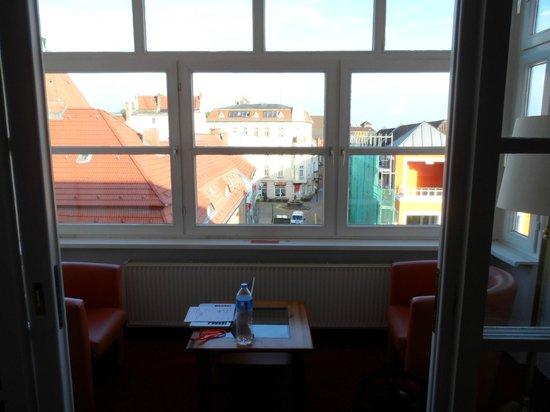 Hotel Lindenufer: Verglaster Balkon
