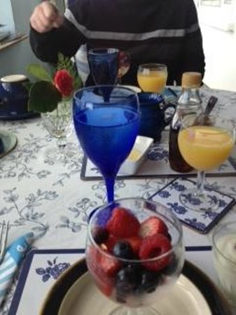Blooming Wildflower Cottage: Beautiful breakfast