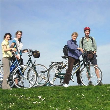 Holland Bike Tours: Discover the hidden gems of Holland
