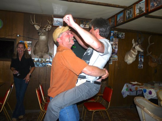 Antler Inn: more dancing