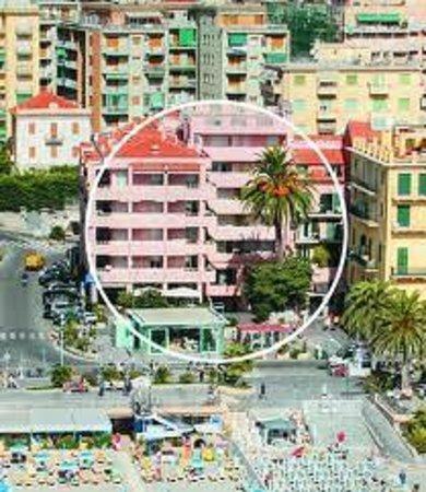 Residence San Giovanni: Splendida posizione centrale di fronte alla spiaggia