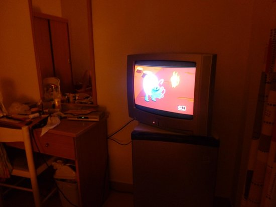 Tropicana Hotel: television in our room