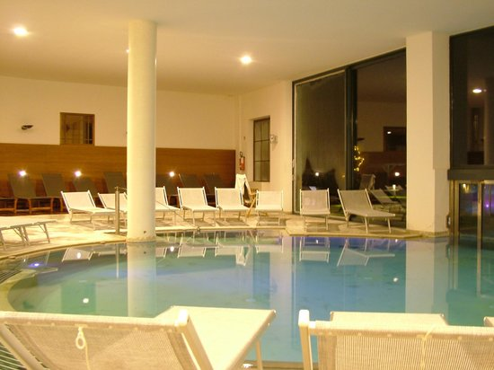 Piscina interna - Foto di Hotel Adler Thermae Spa & Relax Resort ...