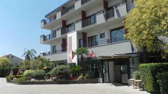 Sant' Elia Hotel