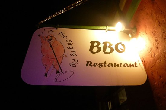 The Singing Pig BBQ Restaurant: Outside add