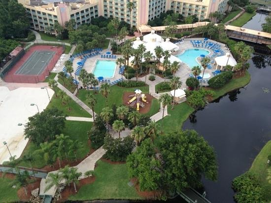 Hilton Orlando Buena Vista Palace Disney Springs: View from the balcony
