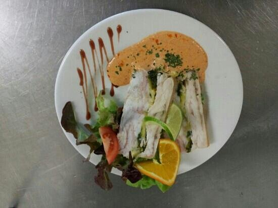 terrine de poisson et sauce aurore tiede