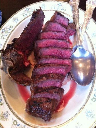 The Quality Chop House: The 770g sirloin - perfection!