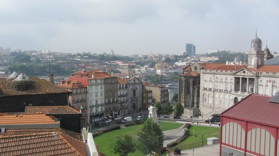 Dixo's Oporto Hostel: Again from the roof