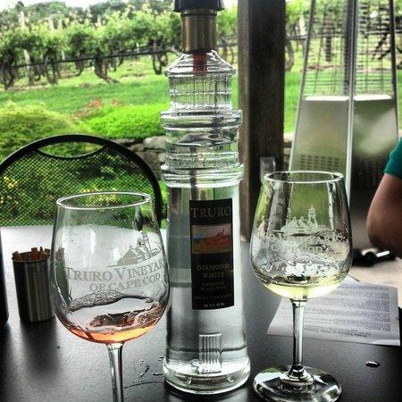 Truro Vineyards of Cape Cod: Wine tasting