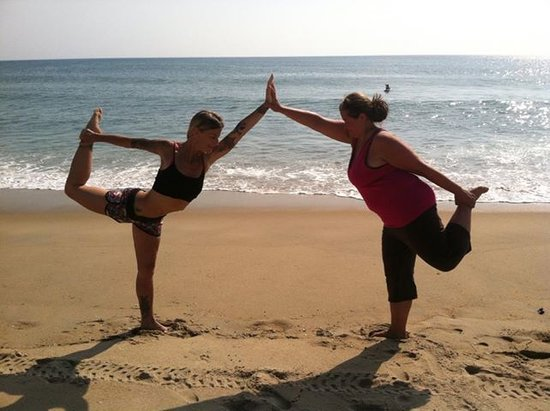 "Aloha Yoga Susan : Aloha ""partner posture"" with BEGINNER"