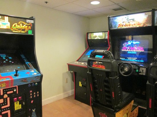 Hawthorn Suites by Wyndham Orlando Convention Center: Game room