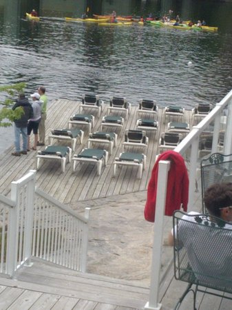 Rocky Crest Golf Resort: Dockside off the Restaurant
