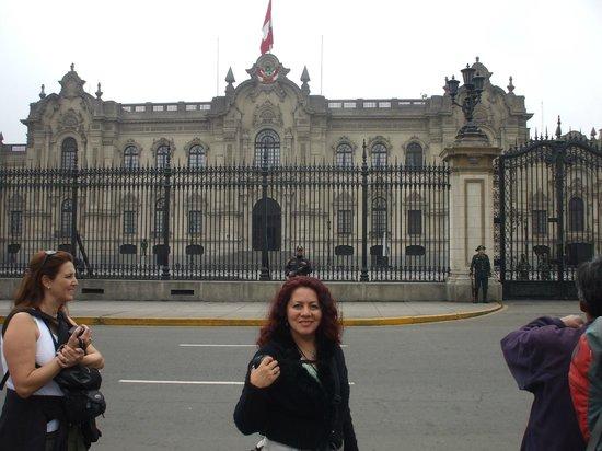 View Peru & Signatures: Lima