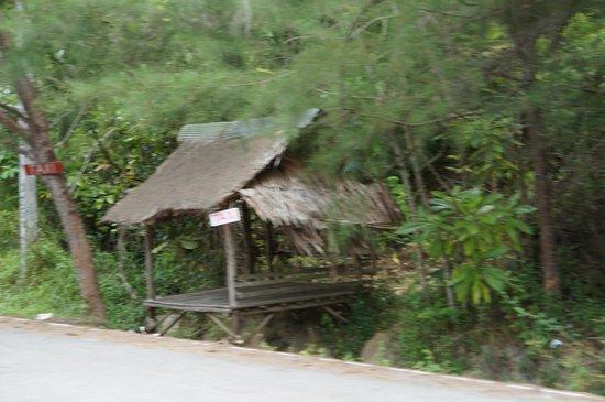 Anyavee Tubkaek Beach Resort: ホテル前にあるタクシー乗り場