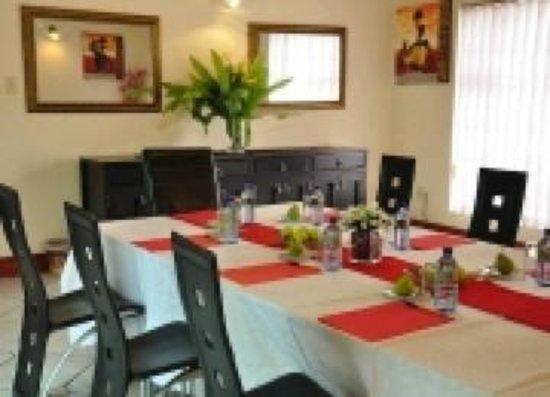 Zanami Lodge: Intimate conference room