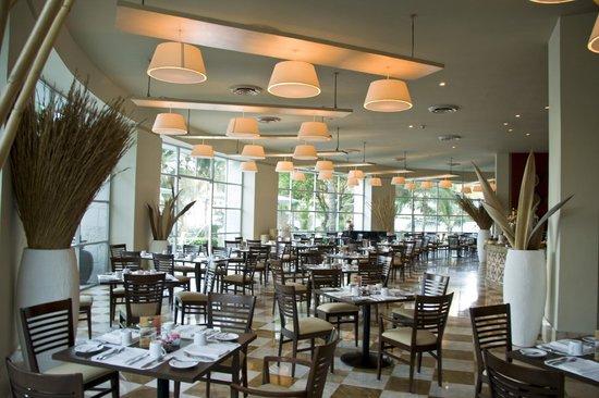 Mayan Palace Acapulco: Restaurant