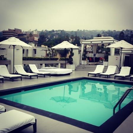 Ramada Plaza West Hollywood Hotel & Suites: roof top view