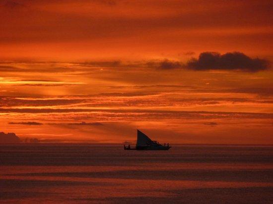 Baros Maldives: Sunset Baros
