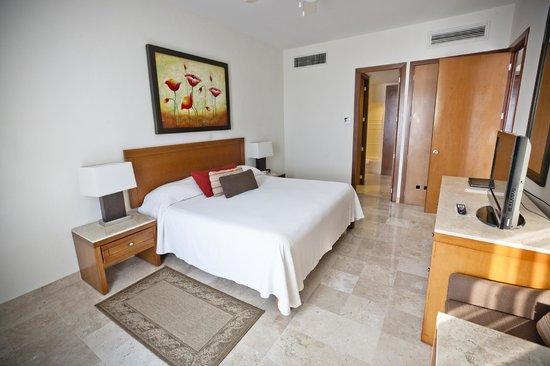 Mayan Palace Mazatlan: Bedroom
