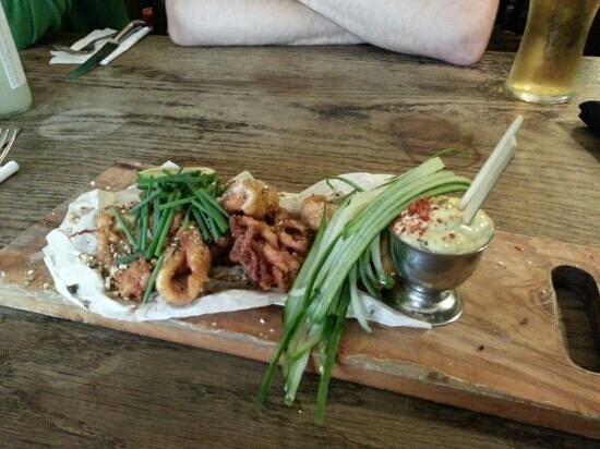 The Journeys End Inn: Delicious calamari