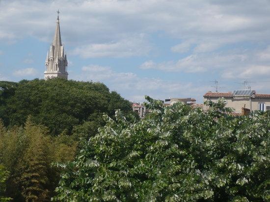 Hôtel Cosmos: vue de la chambre sur la cathedrale St Anne