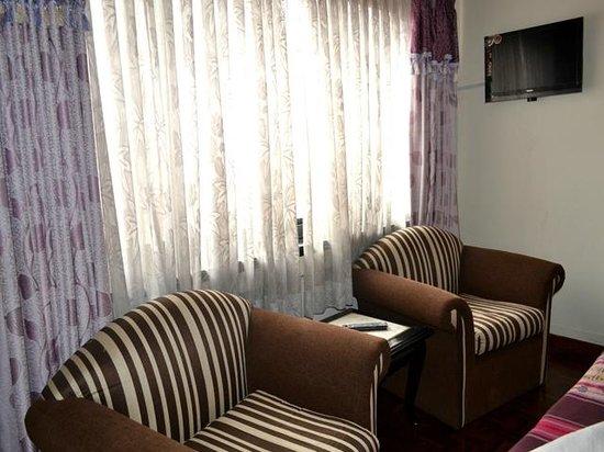 Hotel Encounter Nepal: Deluxe Room