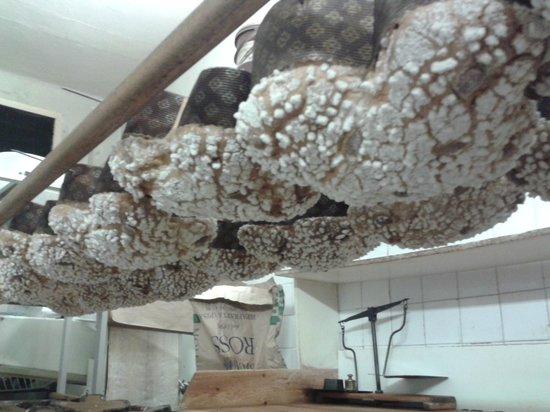 Alimentari Paolicchi: aspettando che si raffreddino le colombe