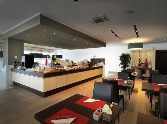 DB Hotel Verona Airport and Congress: colazione a buffet
