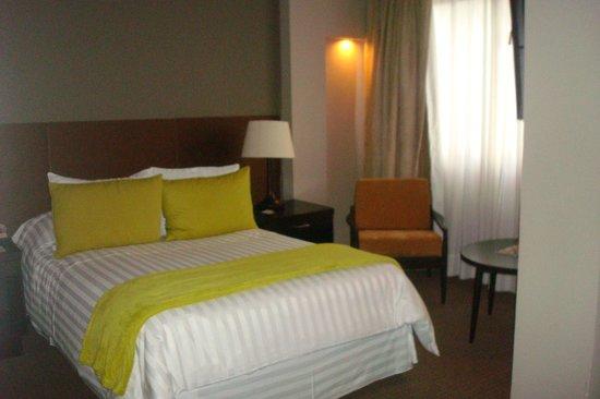 Hotel Augusta: Nuestra habitacion