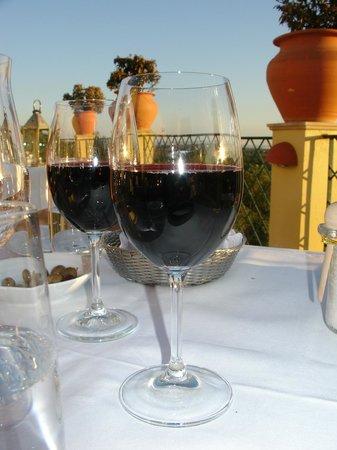 Orangerie: Excellent wine